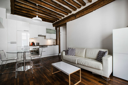 location appartement meubl rue gr goire de tours paris. Black Bedroom Furniture Sets. Home Design Ideas