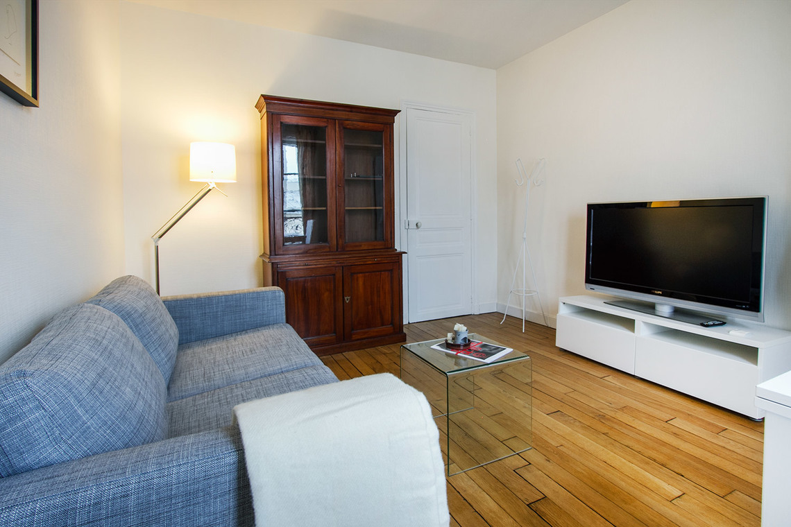 Paris Rue Popincourt Apartment for rent