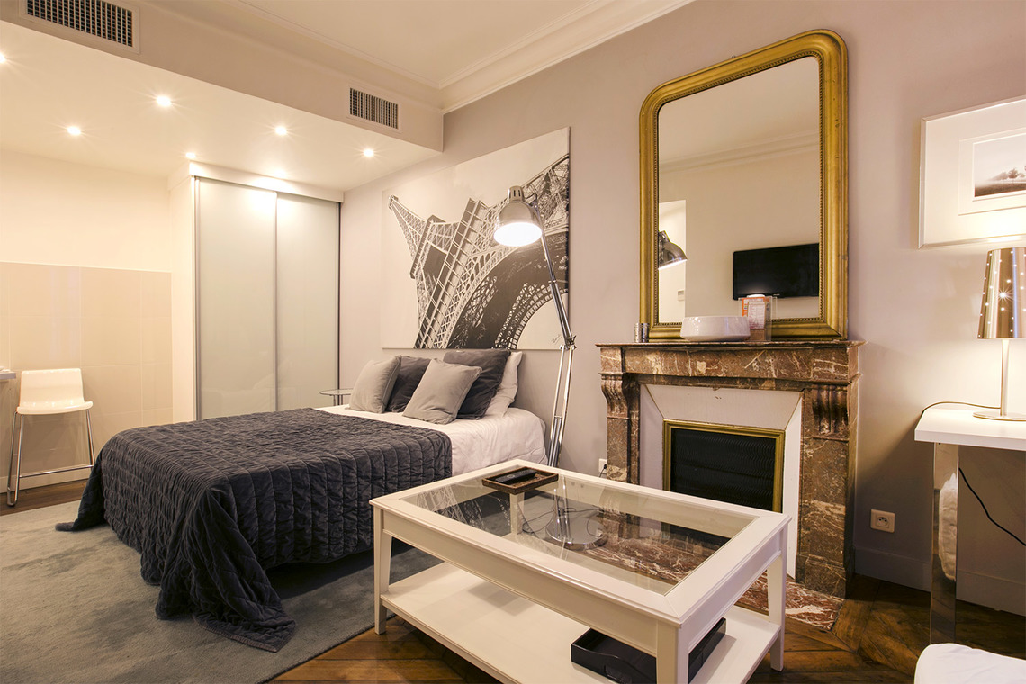Furnished apartment for rent Paris Rue Jean-Baptiste Pigalle