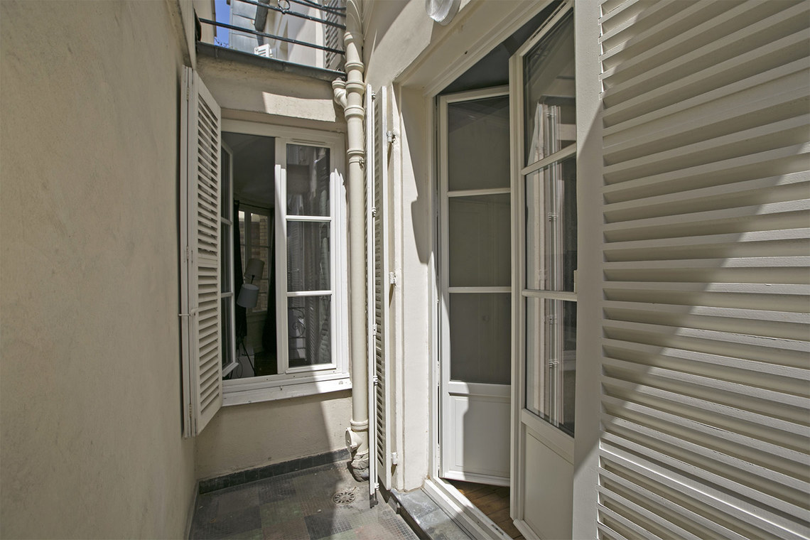 Квартира Paris Rue Saint Honoré 12