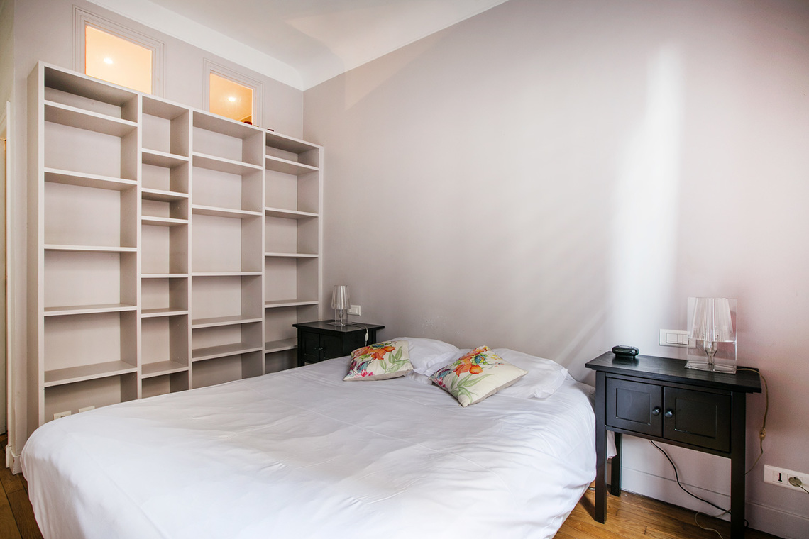 Apartment Paris Boulevard Garibaldi 9