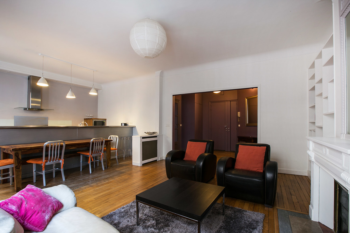Apartment Paris Boulevard Garibaldi 4