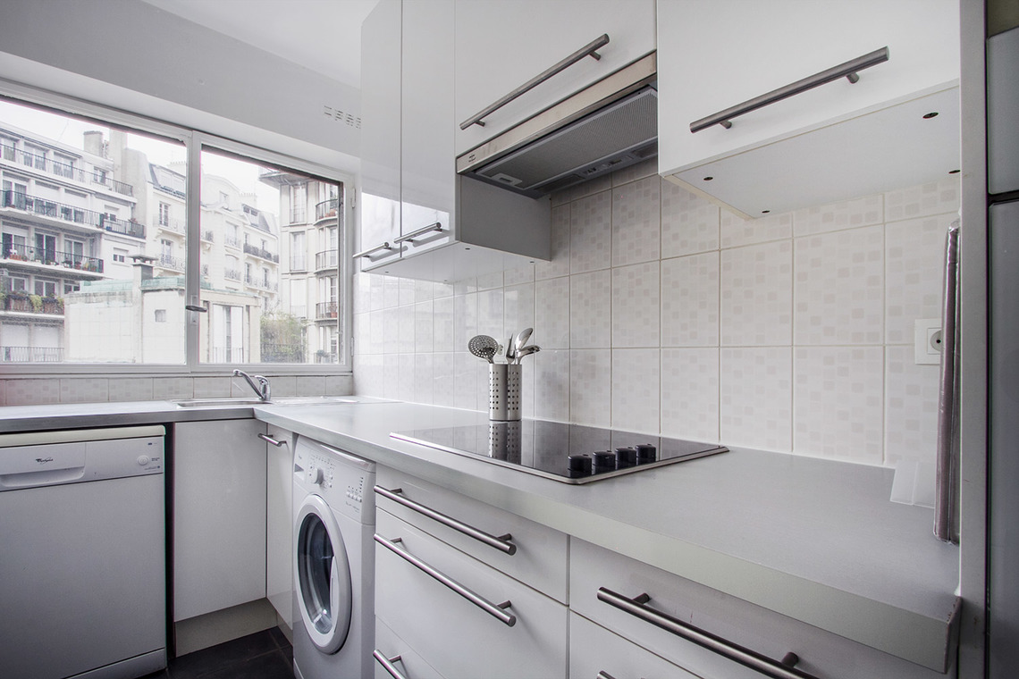 Apartment Paris Avenue de Lamballe 7