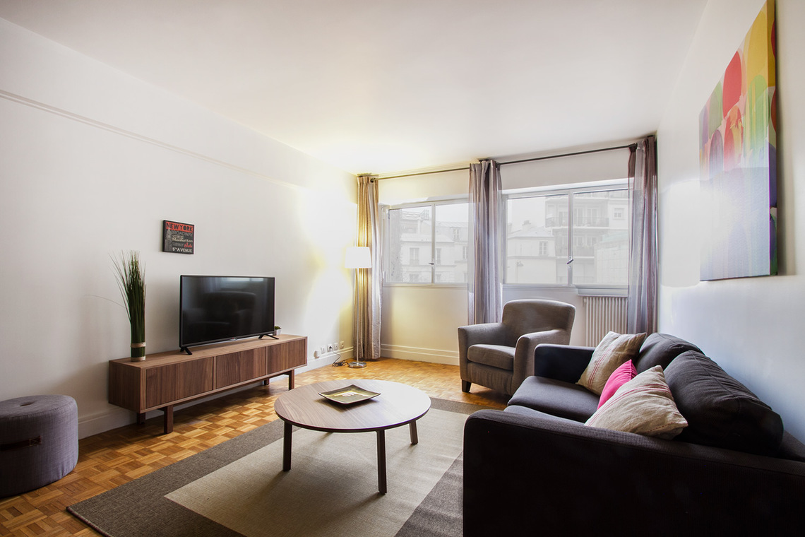 Paris Avenue de Lamballe Apartment for rent