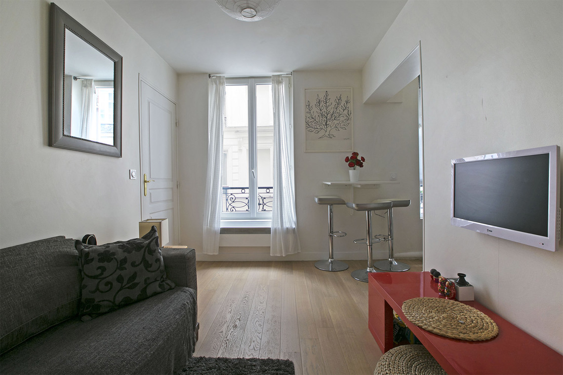 Furnished apartment for rent Paris Rue Sauffroy