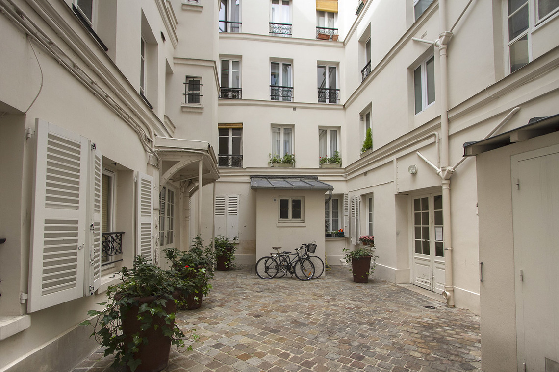 Appartement Paris Rue Duvivier 12