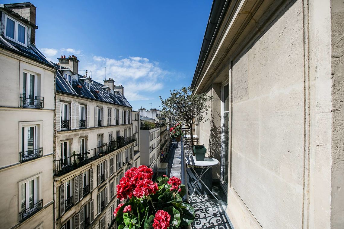 Apartment Paris Avenue de Wagram 12