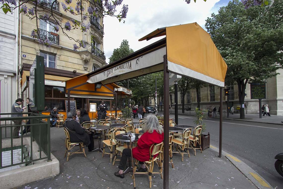 Квартира Paris Avenue Gambetta 13