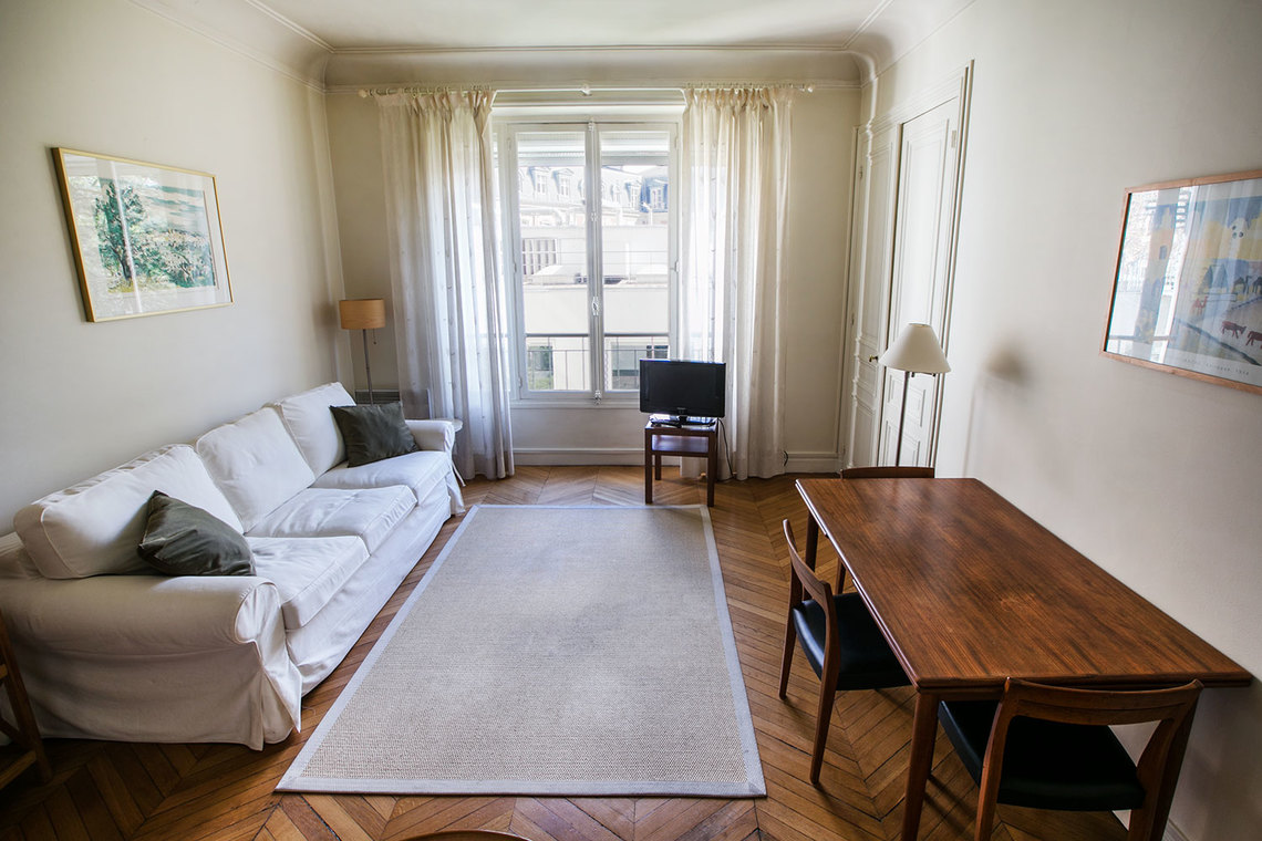 in the living room apartment for rent boulevard pereire ref 12294 12530