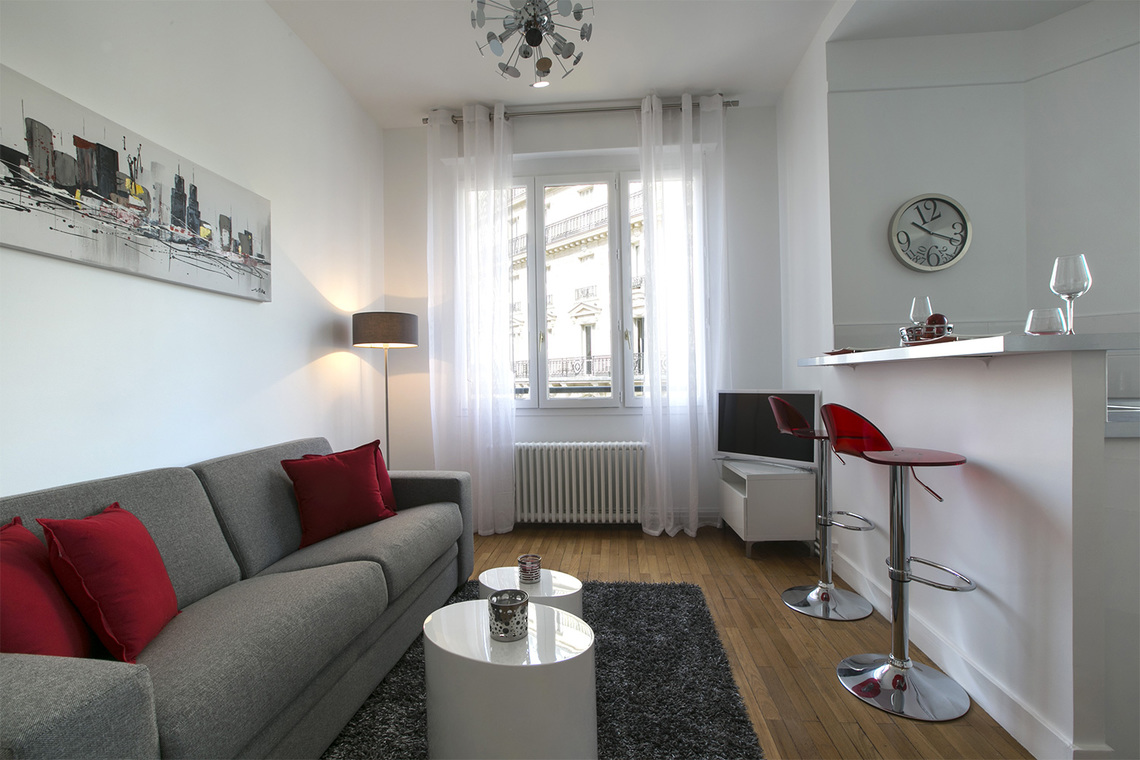 Furnished apartment for rent Paris Rue d'Artois