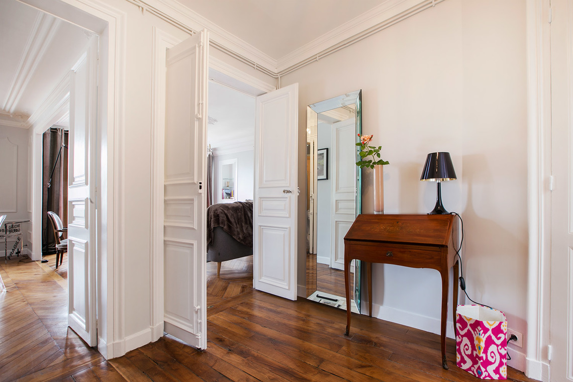 Apartment Paris Rue du Faubourg Montmartre 9