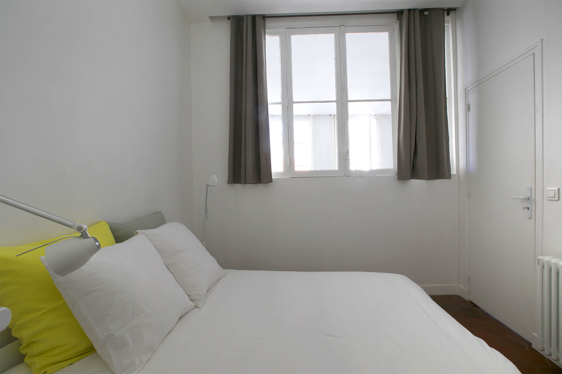 Apartment Paris Rue des Gravilliers 8