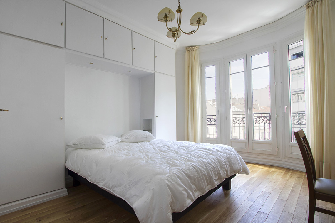 Appartement Paris Rue Chernoviz 9
