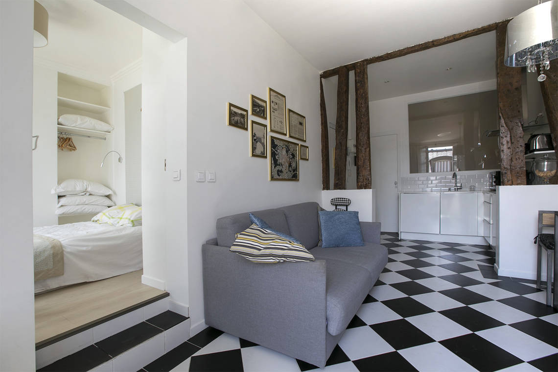 Furnished apartment for rent Paris Rue des Petits Champs