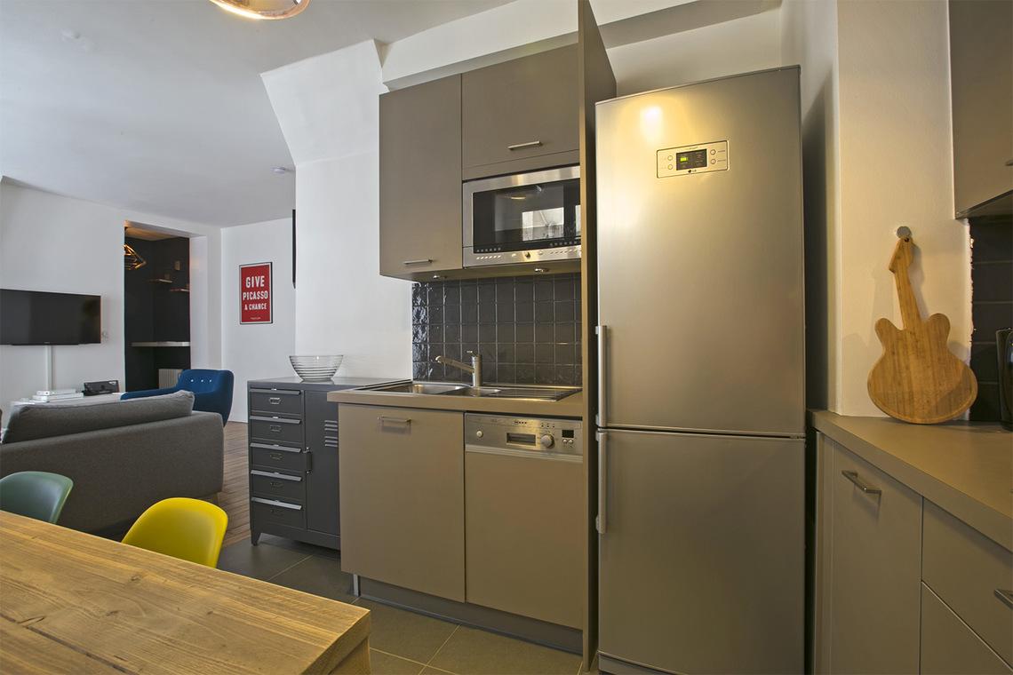 Folie Mericourt Apartment Paris France