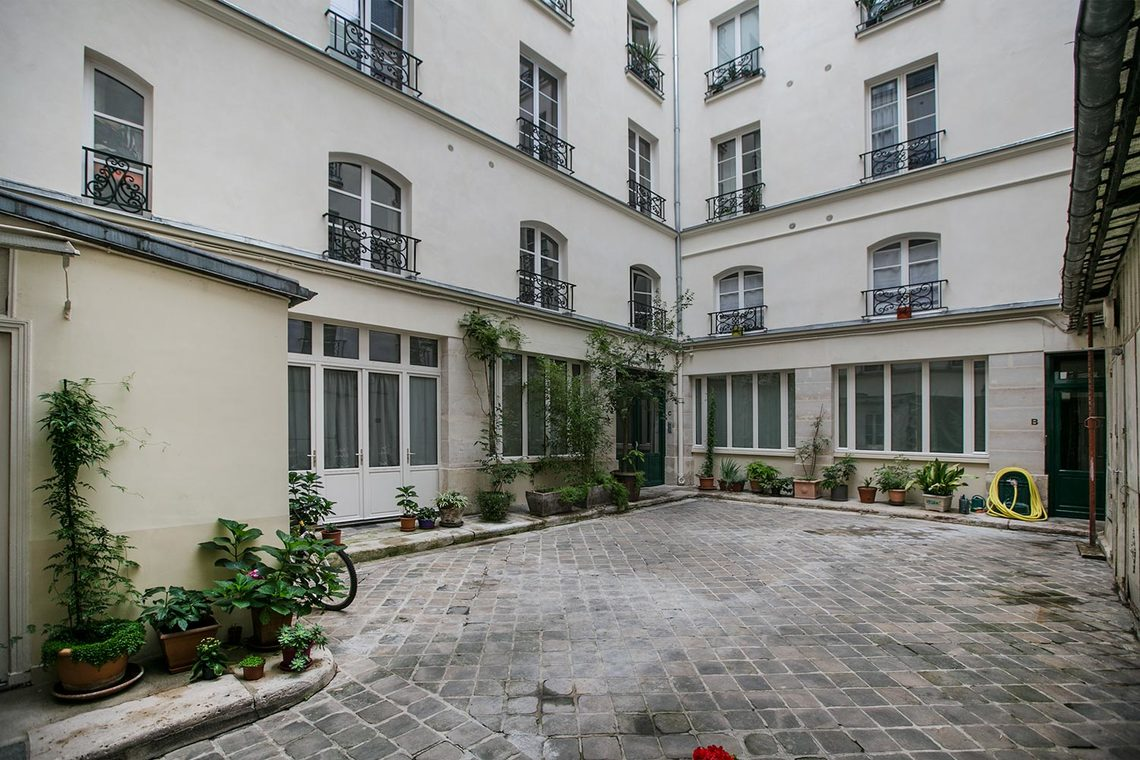 Apartment Paris Rue Chapon 11