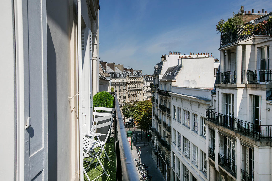 Apartment Paris Rue Troyon 20