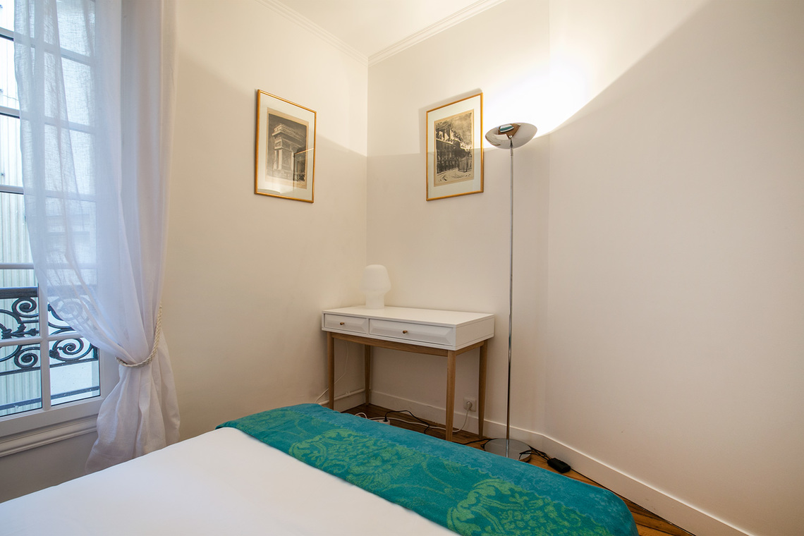 Apartment Paris Rue Troyon 17