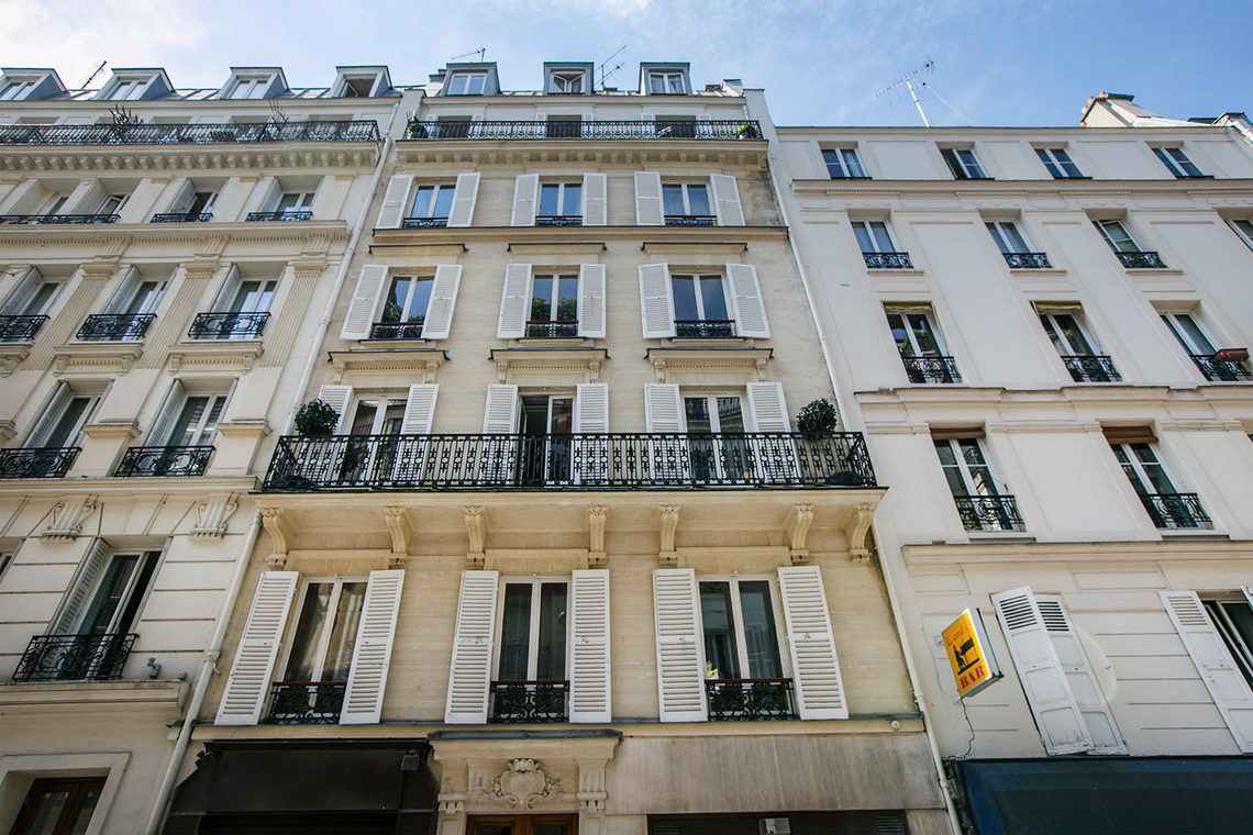 Apartment Paris Rue Troyon 22