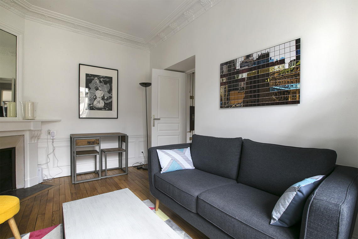 Paris Rue Carrier Belleuse Apartment for rent