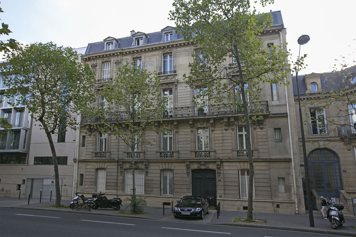 Apartment Paris Boulevard de la Tour Maubourg 18
