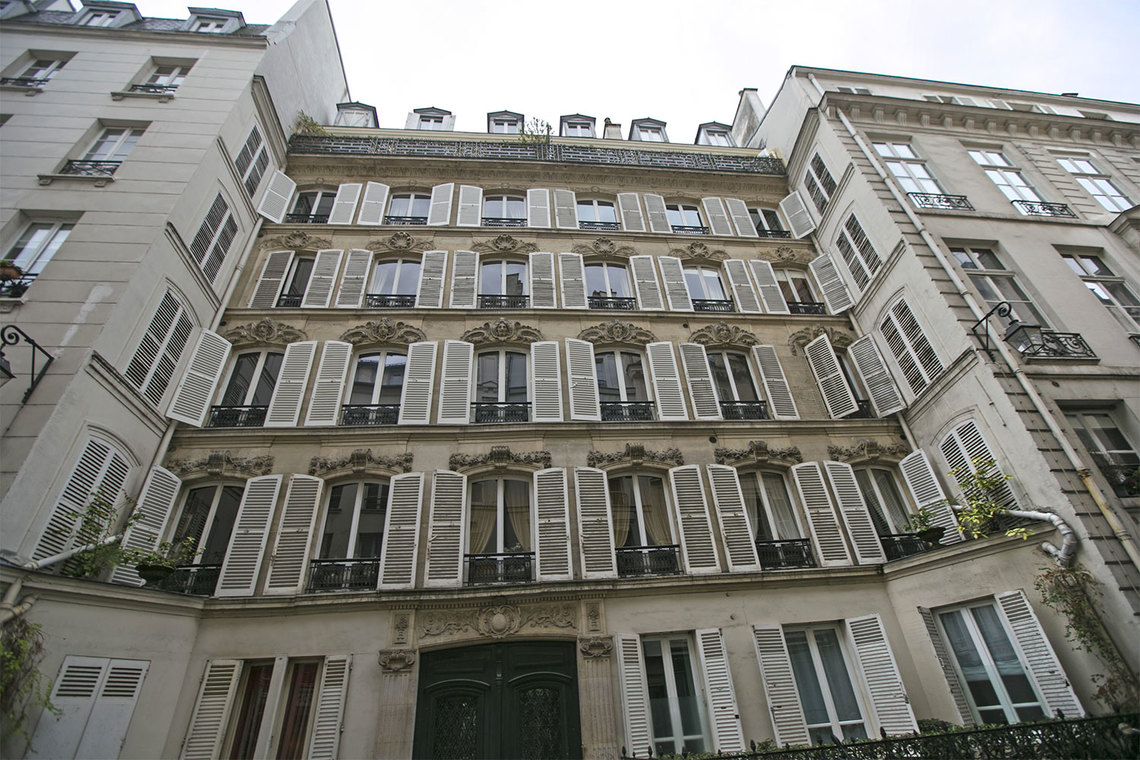Apartment Paris Rue de Verneuil 20