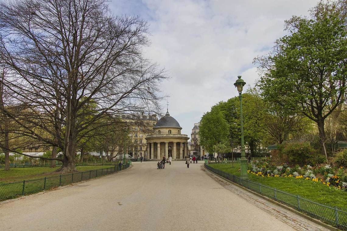 Квартира Paris Avenue Hoche 11