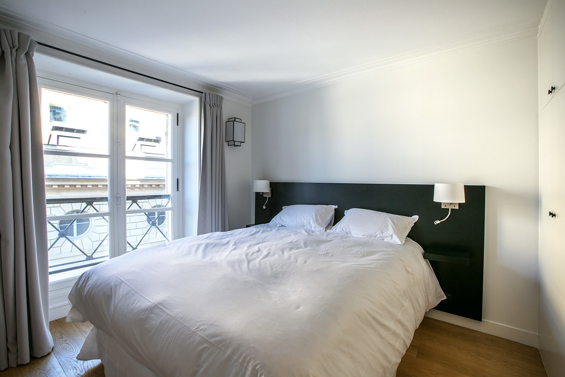 Appartement Paris Rue Corneille 8
