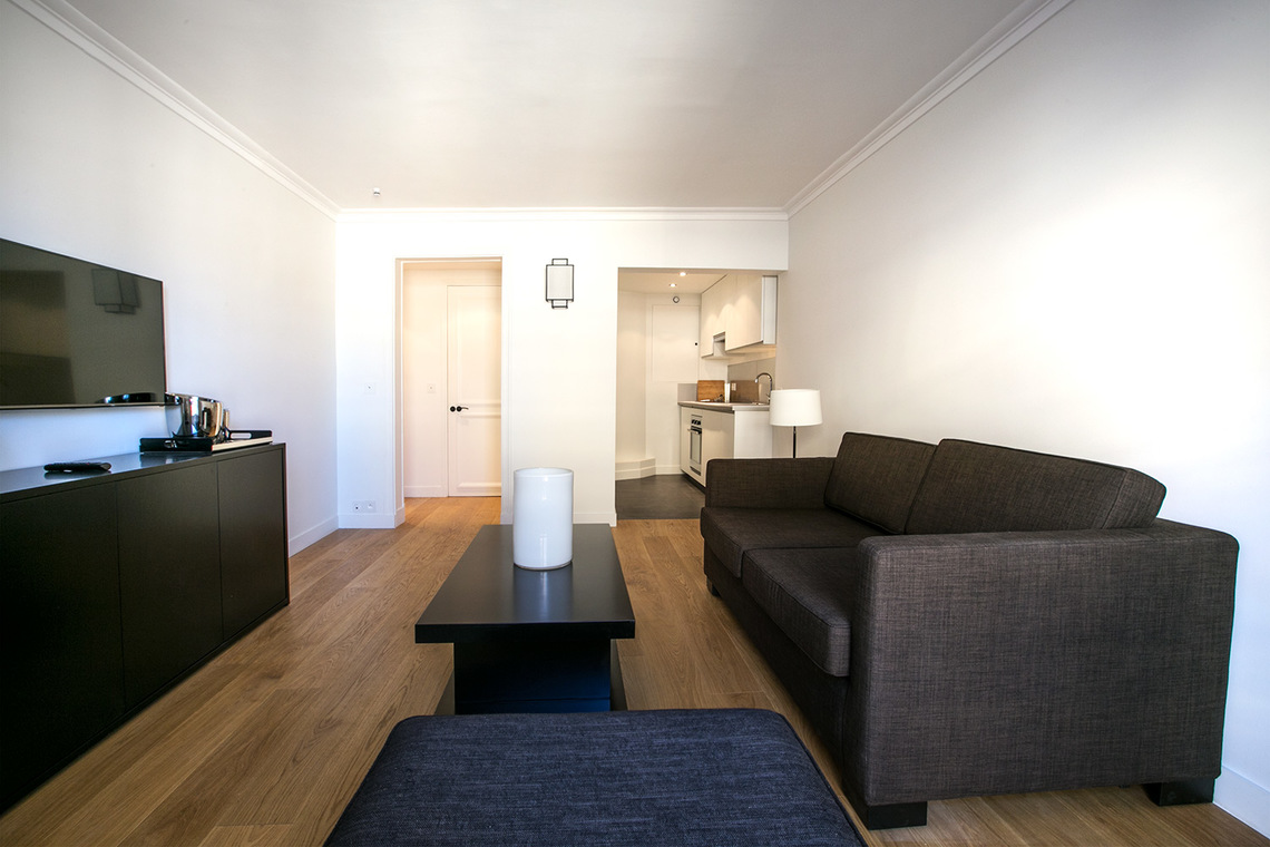 Appartement Paris Rue Corneille 2