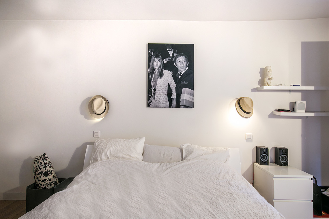 Apartment Paris Rue du Faubourg Saint Martin 12