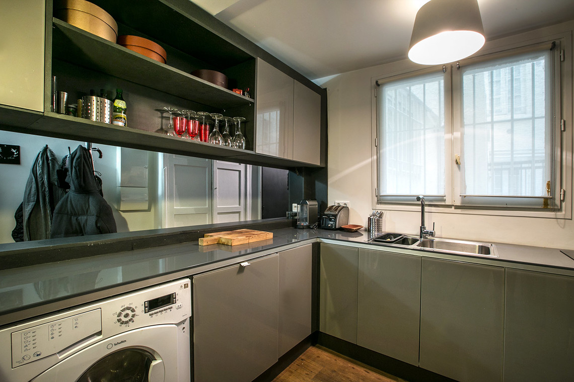 Apartment Paris Rue du Faubourg Saint Martin 9