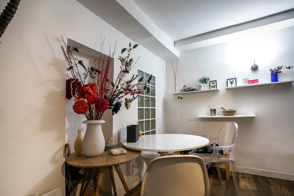 Apartment Paris Rue du Faubourg Saint Martin 11