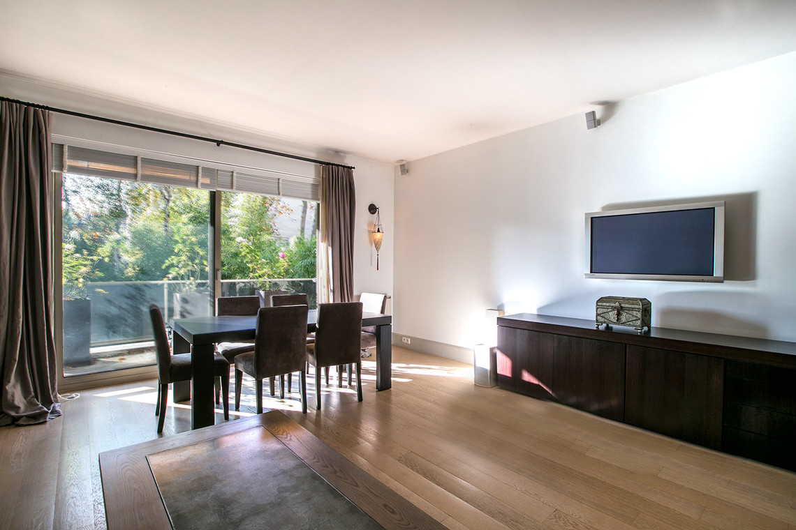 Neuilly-sur-Seine Rond Point Saint-James Apartment for rent
