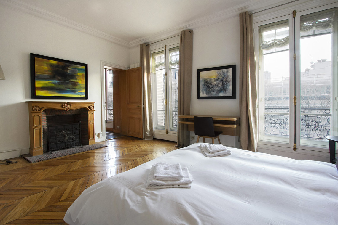 Квартира Paris Boulevard de Courcelles 10