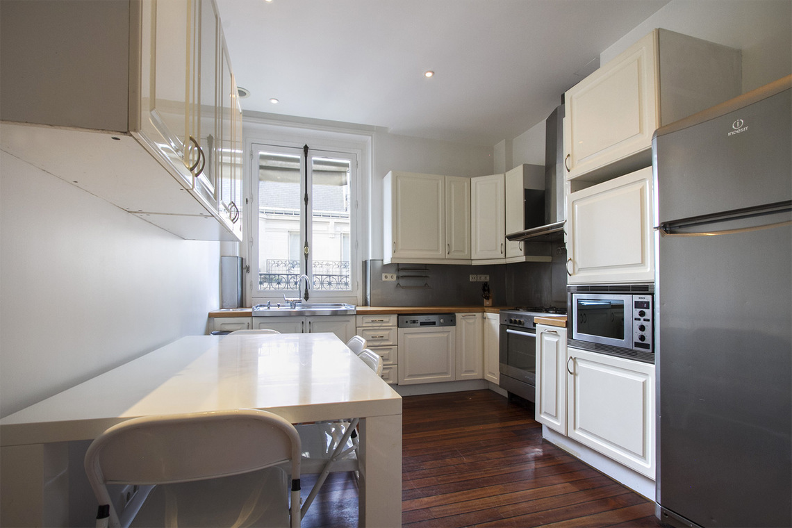 Квартира Paris Boulevard de Courcelles 5
