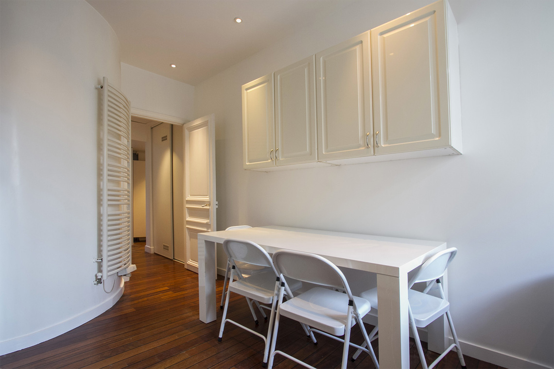 Квартира Paris Boulevard de Courcelles 7