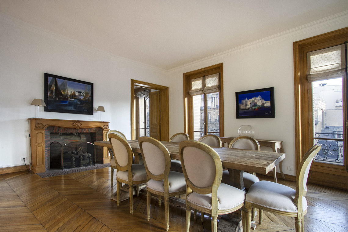 Квартира Paris Boulevard de Courcelles 4