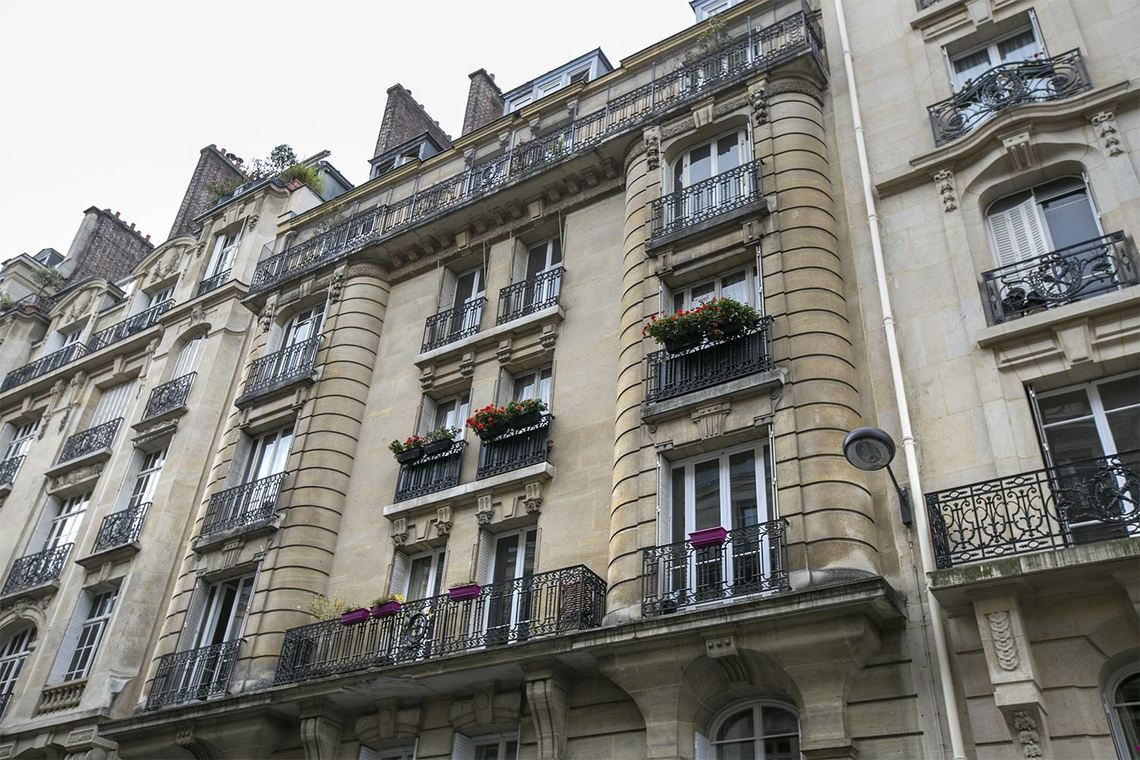Apartment Paris Rue Edmond About 19