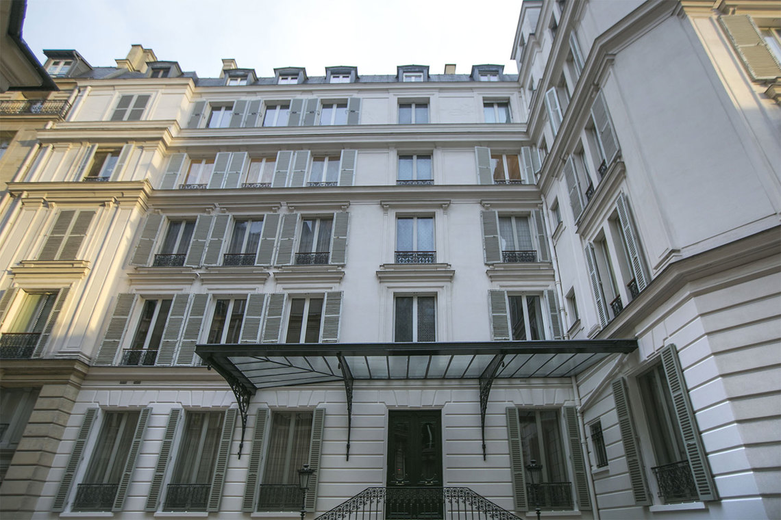 Apartment Paris Quai Anatole France 23