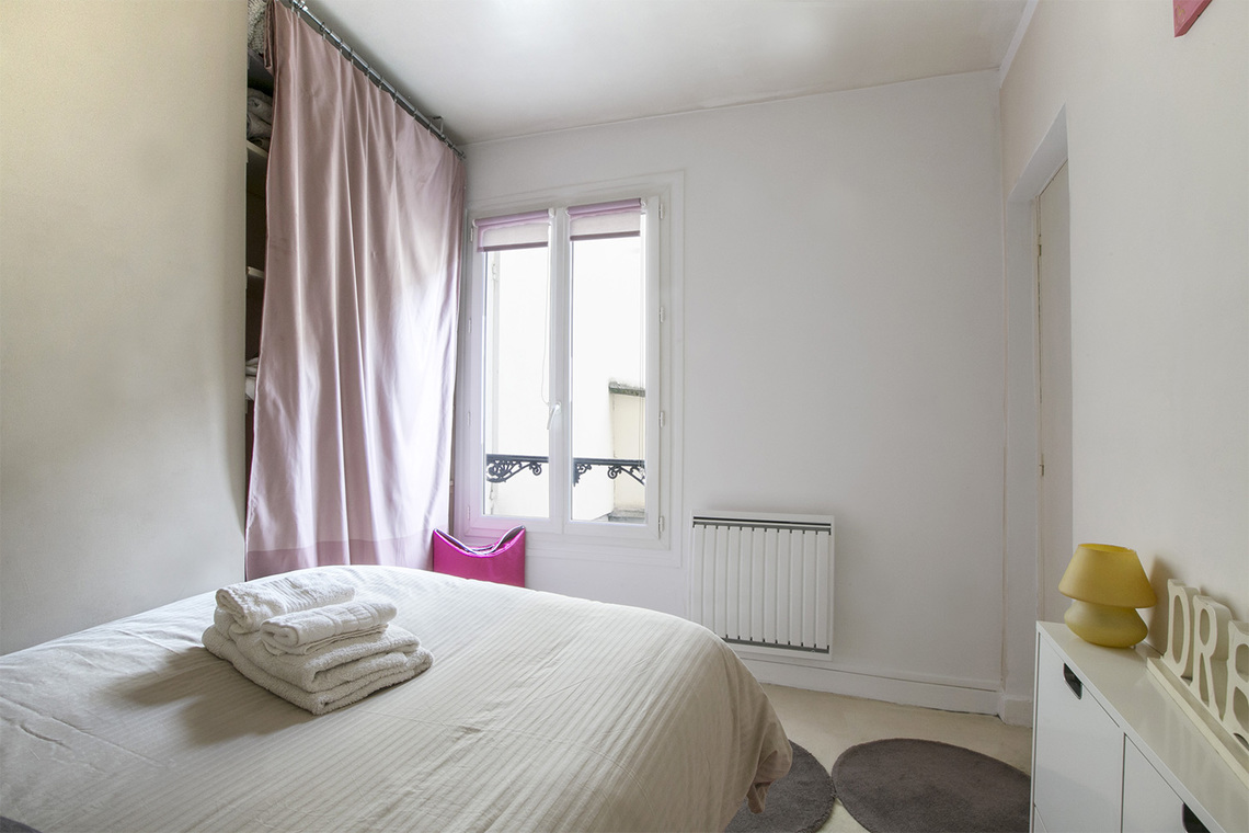 Квартира Paris Rue Jean Mermoz 8