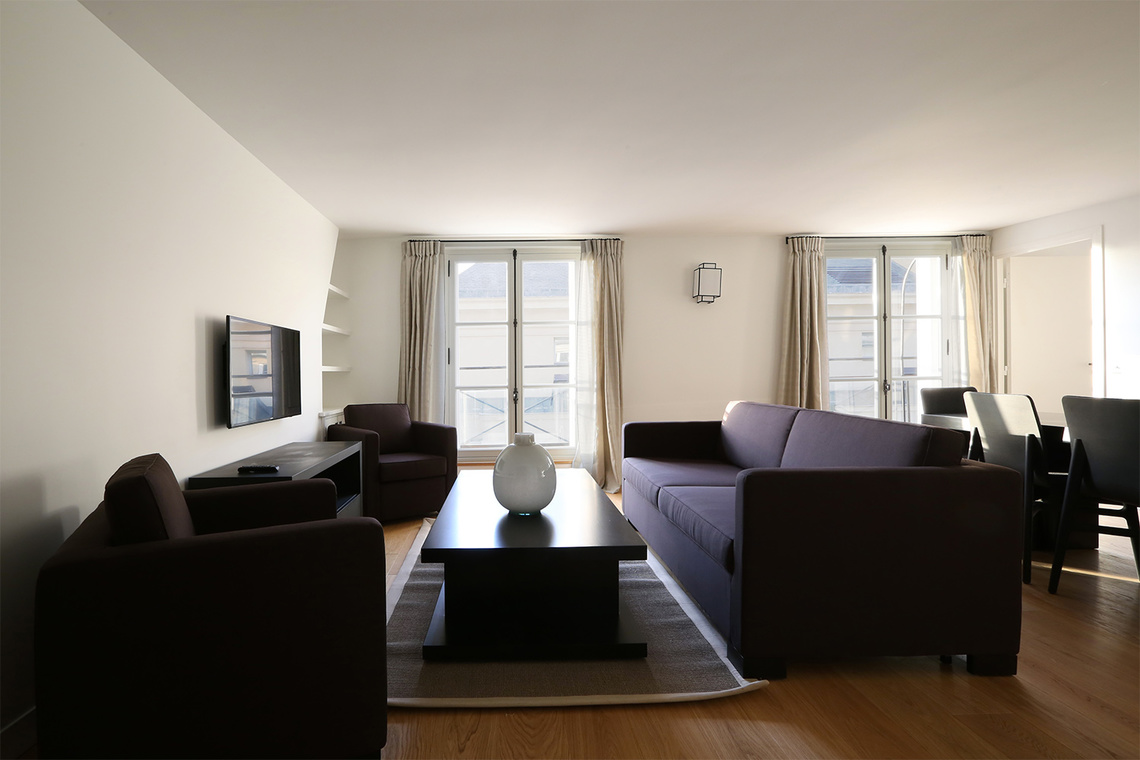 Furnished apartment for rent Paris Rue Corneille