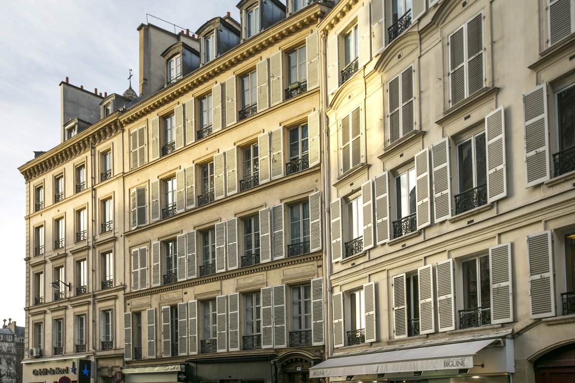 Apartment Paris Rue Saint Lazare 12