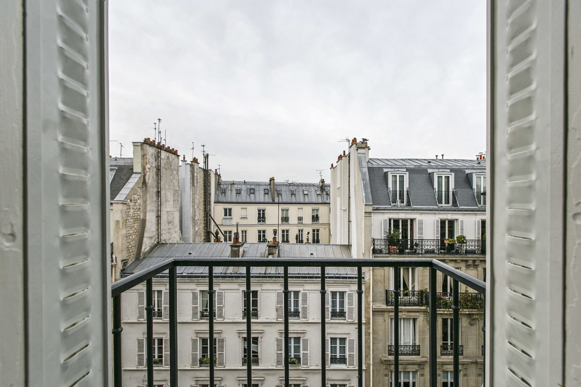Квартира Paris Rue du General Foy 10