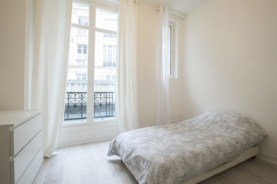 Квартира Paris Rue Meissonier 14
