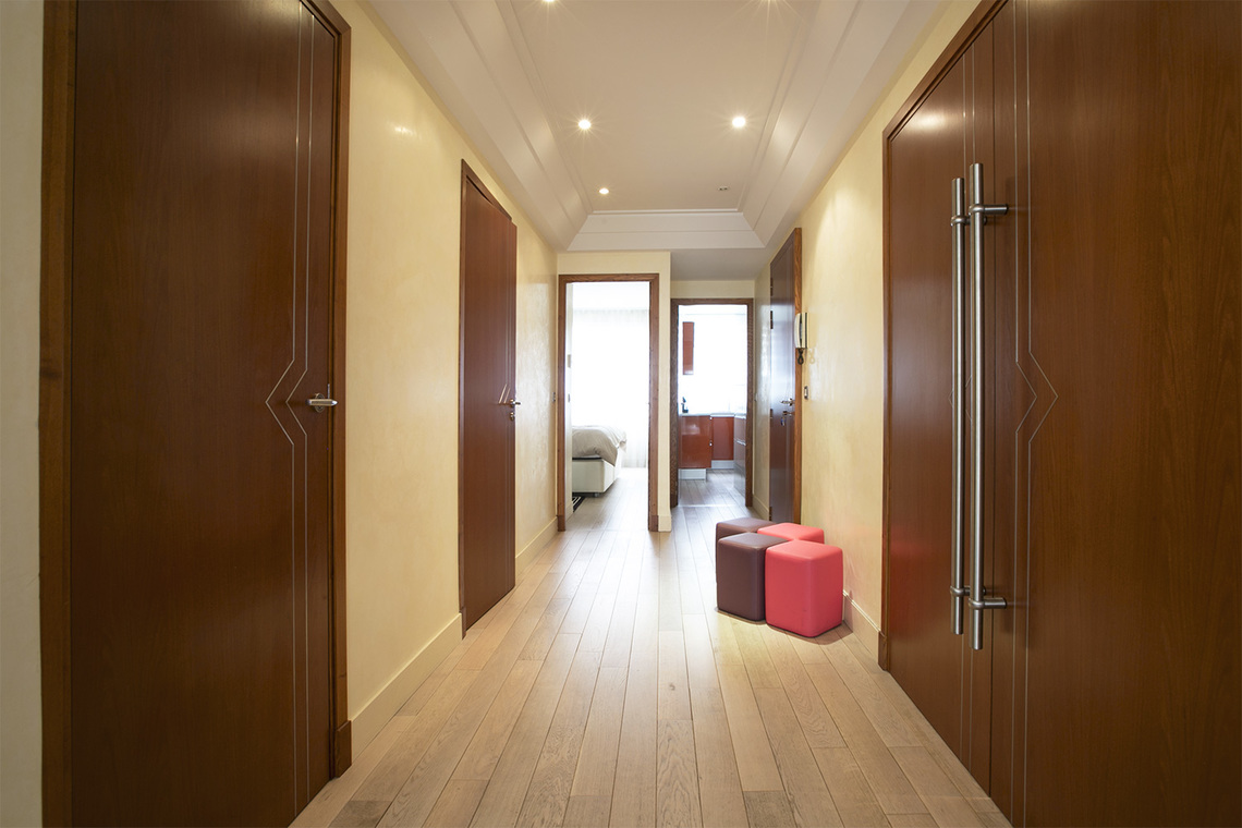 Apartment Paris Rue Magellan 6