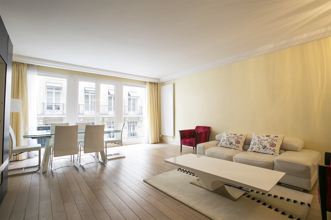 Furnished apartment for rent Paris Rue Magellan