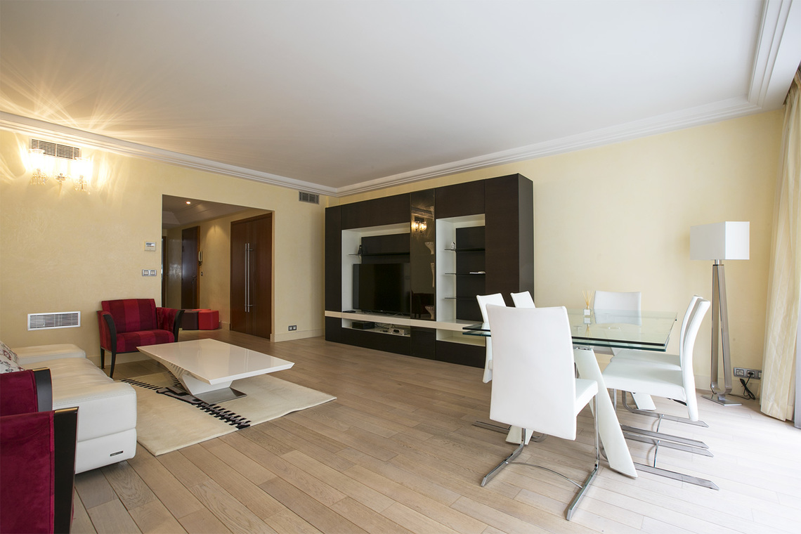 Apartment Paris Rue Magellan 3