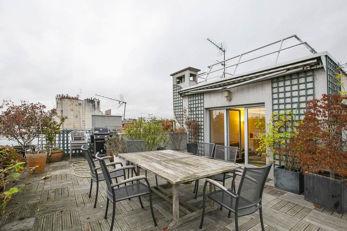 Location appartement meubl rue lagille paris ref 13179 for Appartement meuble a louer paris 16