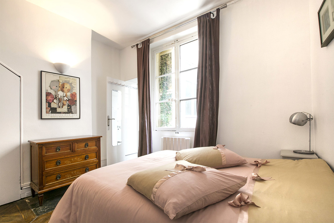 Appartement Paris Rue Montmartre 9