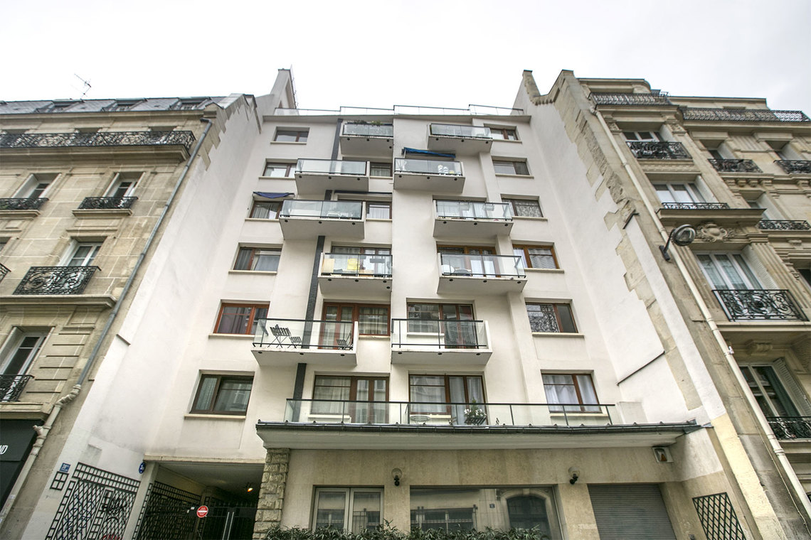 Apartment Paris Rue de la Tour d'Auvergne 12